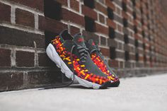 The Nike Air Footscape Woven Motion continues to release throughout the SS14 season. One of the latest pairs is shown here, featuring a Dark Base Grey suede base with a colorful textile woven overlay, sitting atop a Free infused sole. You can now track this Spring-friendly colorway available now at select Nike Sportswear retailers, like …