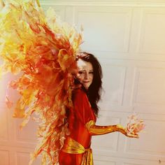 Phönix Kostüm selber machen | Kostüm Idee zu Karneval, Halloween, Fasching & Vogelball 1