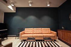 Manhattan Sofa by Arthur G | QPAC by Alexa Nice Interior Design | Melbourne | Sydney | Perth http://www.arthurg.com.au/project