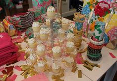 #LillyHoliday Eat, Drink, and Wear Lilly