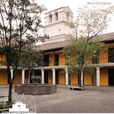 The museum of the city formerly known as the Old Hospital San Juan of God, has approximately 400 years of history. In this hospital Eugenio Espejo applied his knowledge of medicine. The hospital closed its doors in 1974 and opened again in 1998 as a museum.