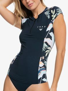 39,95€ Roxy, Surf Shirt, T Shirt, Womens Surf Brands, Surf Line, Rash Guard, Color Patterns, Stretch Fabric, Looks Great
