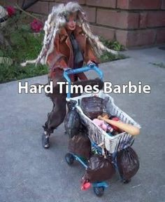 Broke Barbie, Homeless Hobo Edition: This is definitely a collector's item. If barbie found one of these she'd definitely add it to her temporary house on wheel Humor Barbie, Barbie Funny, Bad Barbie, Walmart Humor, Barbie Mala, Haha Funny, Funny Memes, Funny Stuff, Funny Shit