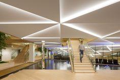 Galería de IBC Innovation Factory / SHL Architects - 6