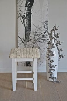 knit! Stool, Knitting, Table, Diy, Inspiration, Furniture, Bath, Home Decor, Design