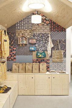 La maison Mode au pop up store Mini labo, scénographie Pauline Ricard-André, photo (c)Fred Perrot