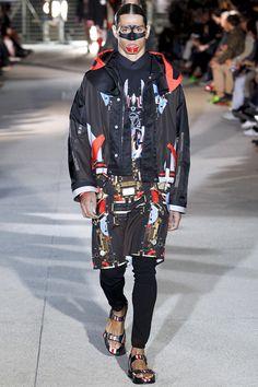 Tendances hommes 2014 : les imprimés de l'été 2014 - Le défilé Givenchy printemps-été 2014