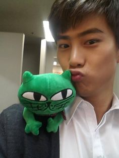 Taecyeon and Okcat invite you to their holiday event 'Okcat's Lonely Christmas' | allkpop