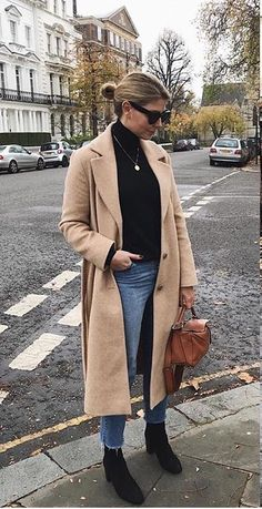 simple outfit with a great coat Converse Outfits, Casual Outfits, Cute Outfits, Fashion Outfits, Womens Fashion, Outfit Essentials, Fall Winter Outfits, Autumn Winter Fashion, Camel Coat Outfit