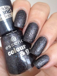 GioNails: Here's My Number - Essence Sparkle Sand