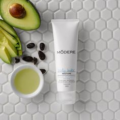 Modere Body Butter - This luxuriously smooth lotion uses moisture-restoring ingredients to help rescue dry skin . Cocoa butter, Jojoba, and avocado oil provide soothing relief to hard-working hands, feet, and bodies, and a neutral fragrance makes it perfect for the whole family.