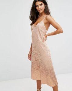 Блестящее кружевное платье-комбинация с асимметричным подолом Warehouse