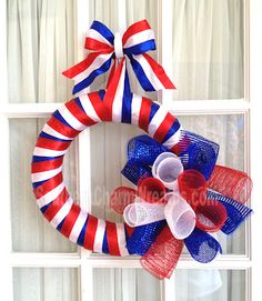 Step-by-step instructions on making this patriotic deco mesh ribbon wreath.
