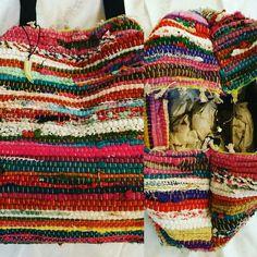 Τσάντα χειροποίητη bohο απο κουρελού Plaid Scarf, Blanket, Crochet, Fashion, Moda, Fashion Styles, Ganchillo, Blankets, Cover
