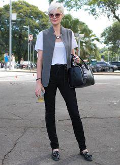 LArissa lucchese calca acne colete e sapato zara cinto editora brasileira marie claire