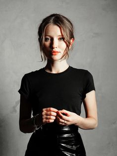 Emily Browning : Photo