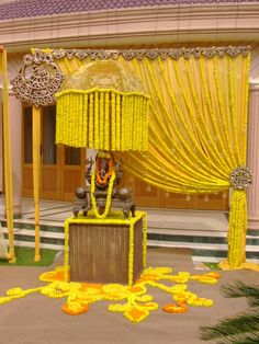 Looking for latest Outdoor Wedding Decorations? Check out the trending images of the best Indian Outdoor Wedding Decoration ideas.