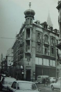 Ancien immeuble rue du Dôme à Strasbourg, aujourd'hui entièrement modifié - http://hapshack.com/images/societoqo.jpg