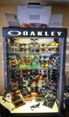 Let your collection grow - http://www.oakleyforum.com/forums/oakley-collections-area.19/