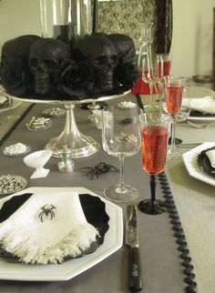 A black and white Halloween table
