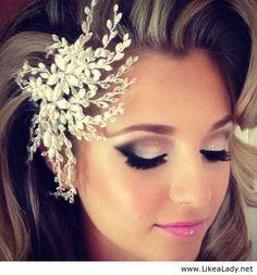 Amazing eye makeup and pink lips