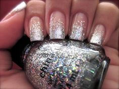It is all about all that glitters! Have some fun with sparkle and glitter nails and complete your look. Make a fashion statement with sparkle and glitter nails Get Nails, Prom Nails, Fancy Nails, Wedding Nails, How To Do Nails, Hair And Nails, Bridal Nails, French Nails Glitter, Glitter Nails