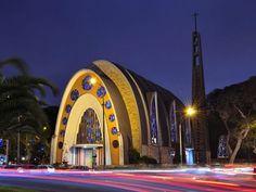 Iglesia Maria Reina - Lima Perú