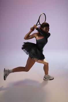 Virgil Abloh and Nike to dress Serena Williams for the US Open  Fashion designer Virgil Abloh has teamed up with Nike to design tennis player Serena Williams' kit for this year's US Open, which includes a black b... http://drwong.live/art/design/the-queen-collection-virgil-abloh-nike-serena-williams-us-open-tennis-championships/ Collaboration, Serena Williams, Tennis, Sporty, Queen, Collection, Nike, Twitter, World