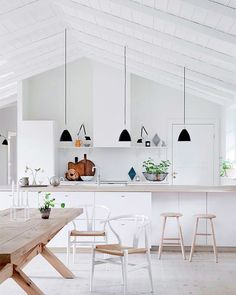 "Impressive Scandinavian Kitchen Design Interior of the All White and Beautiful T. Impressive Scandinavian Kitchen Design Interior of the All White and Beautiful Tiny Kitchen : ""Th Scandinavian Kitchen Renovation, Nordic Kitchen, Scandinavian Home, Swedish Kitchen, Kitchen Black, Home Interior, Interior Design Kitchen, Nordic Interior Design, Interior Modern"