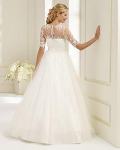 729f866df2 ASTORIA által Bianco Evento Koszorúslány Ruhák, Esküvőtervezés, Esküvői  Ruhák, Outfitek, Beautiful,