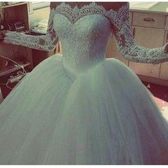 Brides can have long sleeve lace wedding dresses like this designed and made with any custom modifications. We are USA dressmakers who create all types of custom #weddingdresses for brides all over the globe. If your dream dress is out of your price range we can also make #replicaweddingdresses that look similar but cost much less. Discontinued designs can also be recreated. Contact us for pricing at www.dariuscordell.com/