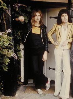 Queen Photos, Queen Pictures, Queen Ii, I Am A Queen, Brian May, John Deacon, Roger Taylor Queen, Real Queens, Somebody To Love
