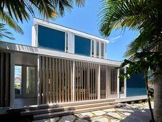 Beach House on Stilts by Luigi Rosselli Architects - CAANdesign