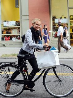 Diane Kruger #cycling #celebrities #cyclingcelebrities