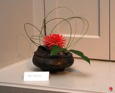 https://www.facebook.com/Ikebana-International-Montreal-852683954845979/ Ikebana - Autumn Songs 2012 Chants d'automne C20120929 042