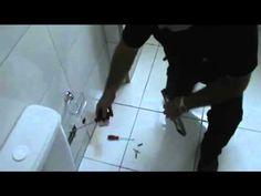 Veja com nossas dicas como é fácil instalar acessórios de banheiro em sua casa.