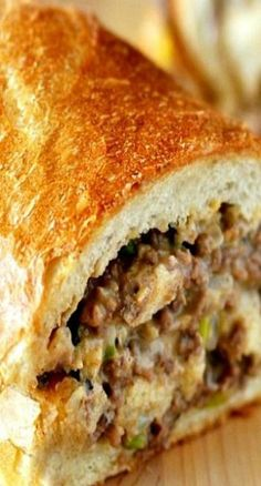 Ground Beef Stuffed French Bread Sandwich << made Very good flavor and filling. Did not have French bread. Toasted some honey wheat bread in the oven, kinda made open-faced sandwiches. Next time I want to make this with the French bread. Think Food, I Love Food, Beef Dishes, Food Dishes, Cheese Dishes, Main Dishes, Great Recipes, Favorite Recipes, Delicious Recipes
