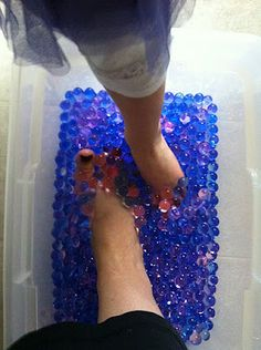 So a month ago, I posted our experience with our Water Beads Sensory Bin . I had left the beads to hydrate overnight which was many hours,. Bubble Birthday, 2nd Birthday, Birthday Parties, Birthday Ideas, Bubble Guppies Party, Bubble Party, Pool Party Kids, Water Party, Pedicure Party