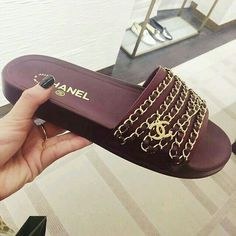 84d0aa3b963 98 images succulentes de    Chanel    en 2019