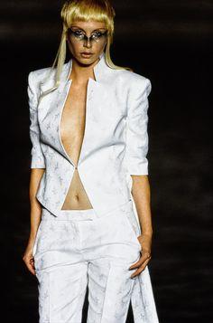 Alexander McQueen Spring 1997 Ready-to-Wear Accessories Photos - Vogue