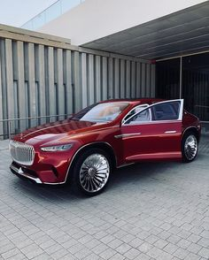 Vision Mercedes Maybach Ultimativer Luxus 🎩 – Σακης Φιλιππας – Join in the world Mercedes Benz Maybach, Mercedes Auto, Maybach Car, Maybach Music, Top Luxury Cars, Luxury Suv, G Wagon, Sexy Cars, Amazing Cars