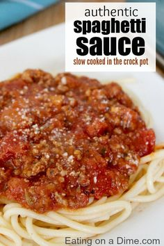 Try this delicious crockpot spaghetti sauce recipe that you can make just by tossing everything in your crockpot. This Slow cooker spaghetti sauce freezes great too! Crock pot spaghetti is so easy! Everyone will love Crockpot spaghetti meat sauce! Crockpot Dishes, Crock Pot Slow Cooker, Crock Pot Cooking, Slow Cooker Recipes, Beef Recipes, Cooking Recipes, Healthy Recipes, Cooking Games, Crockpot Meals
