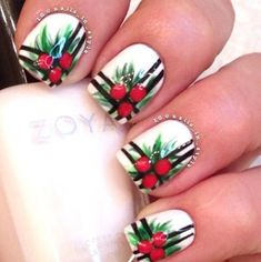 Latest Christmas nail art designs and trends of year Santa Holiday nail art,Christmas tree nail art,ornaments,candycane,snowflake nails Nail Art Noel, Xmas Nail Art, Cute Christmas Nails, Holiday Nail Art, Xmas Nails, Christmas Nail Art Designs, Diy Nails, Christmas Night, Holly Christmas