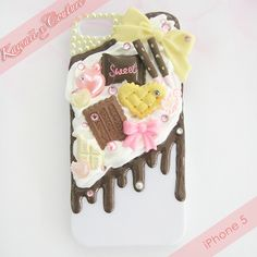 Choco Sweets Whipped Cream & Frosting iPhone 5 Decoden Case | $30.00    SHOP: Kawaii x Couture DecodenHandmade decoden phone cases, jewelry, & accessories ♡