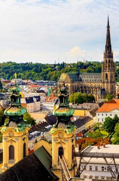 Linz Cityscape with New Cathedral and Church of the Ursulines, Austria | 30+ Truly Charming Places To See in Austria