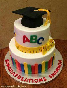 Excelente pastel  de graduación