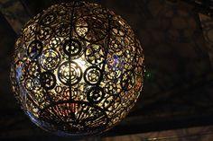 Lamp van oude fietsonderdelen