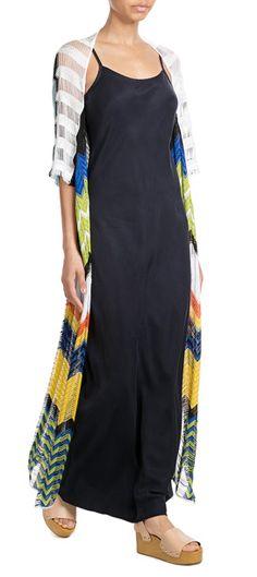 Der bunte Strick-Cardigan von Missoni Mare bekommt ein Fashion-Upgrade! Wie? Mit einem modern abgewandelten Zickzack-Muster und schmalen Cut-Outs #Stylebop