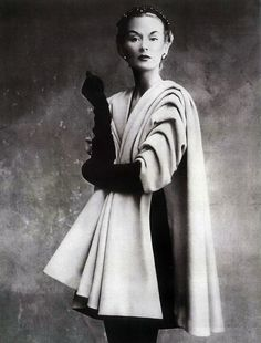 Lisa Fonssagrives in Balenciaga for Vogue French 1950