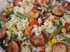 arroz-salchicha-closeup-pq Rice Recipes, Mexican Food Recipes, Keto Recipes, Chicken Recipes, Dinner Recipes, Cooking Recipes, Ethnic Recipes, Deli Food, Colombian Food
